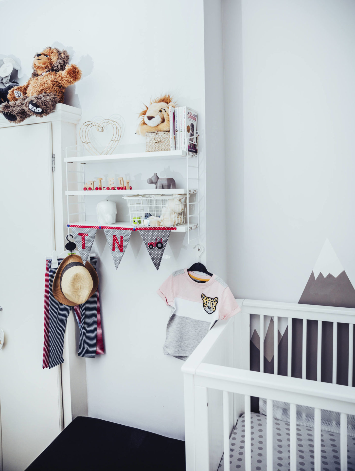 shelves in a child's room